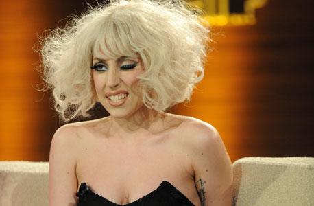 בזכות הלייק: ליידי גאגא היא הסלבריטאית המשפיעה בעולם