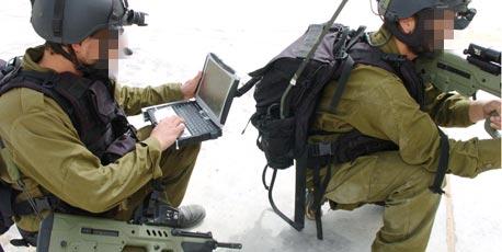 חייל העתיד כבר לא יצטרך להסתובב עם המחשב על הגב