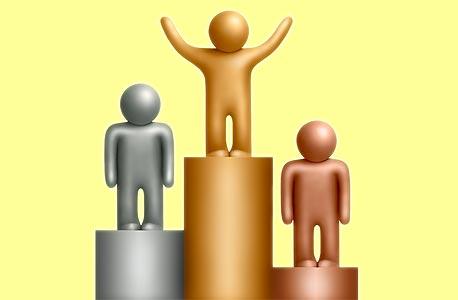 רוב האנשים נוטים להשוות את עצמם לאנשים שרמת הישגיהם גבוהה יותר