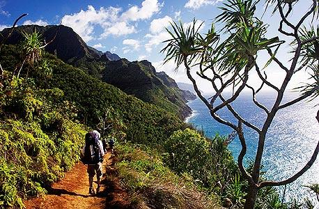 הוואי, מצוקים בגובה של 1,220 מטר מעל האוקיינוס