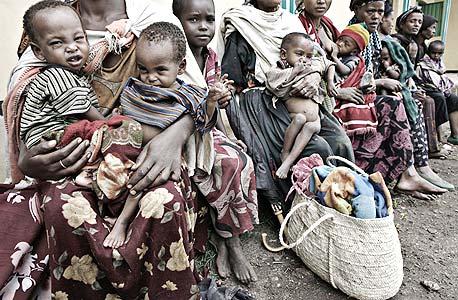 """על העוני: """"הכלכלה העולמית תתאושש בתוך שנתיים־שלוש, אך יחלפו שנים רבות עד שהעניים החדשים יצליחו לצאת מהמצב הזה"""""""
