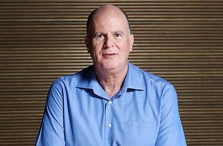 ההורים של שאול שני לימדו אותו להתמודד עם קשיים, אז גם כשחברת התקשורת שהקים בברזיל כמעט קרסה הוא התעקש והמשיך. בנובמבר 2009 הוא מכר אותה לפי שווי עצום של 4.7 מיליארד דולר, באחד האקזיטים הגדולים ביותר שעשה ישראלי מעולם