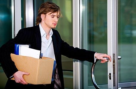 מפחדים לאבד את מקום העבודה? זה הופך אתכם לעובדים פחות טובים, צילום: shutterstock