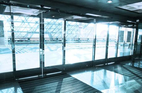 דלתות אוטומטיות, צילום: shutterstock