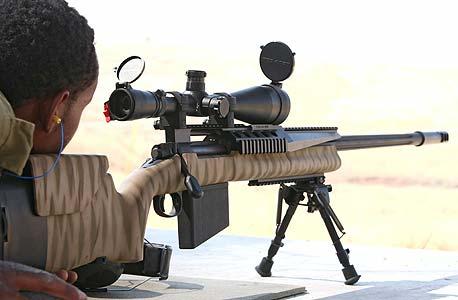 """רובה צלפים. """"חינוך לבטיחות נשק"""" לילדים, החל מכיתה א"""