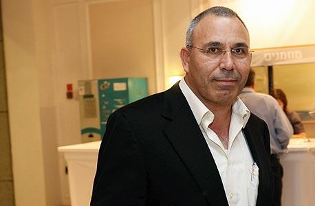 """מנכ""""ל בזן לשעבר פנחס בוכריס"""