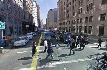 רחוב בניו יורק דרך גוגל סטריט וויו