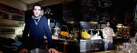 אהוד כהן, בן 32. יליד ירושלים, בעלים משותף של מסעדת לואיג'י צוקרמן. עזב את ישראל ב־2004. בשנתיים וחצי האחרונות חי בברלין