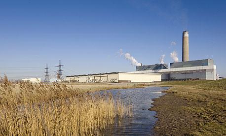 תחנות הכוח הקטנות ירוויחו פחות על חשמל