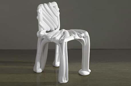 כיסא בעיצוב Front Design. סותביס בניו יורק. הערכה: 30-40 אלף דולר