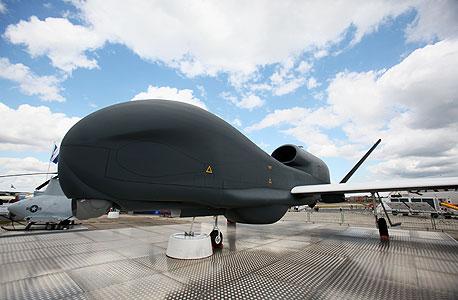 """גלובל הוק, מטוס מודיעיני ללא טייס ב-35 מיליון דולר. """"במלחמה, גם כשבני אדם חושבים שהם מקבלים החלטה, הם לא"""""""
