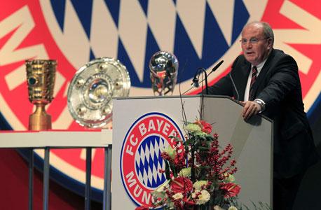 """אולי הנס, נשיא באיירן מינכן. בגרמניה בוחרים את האיש הכי טוב לתפקיד """"האיש החזק במועדון"""""""