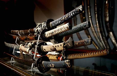 אוסף חרבות יפניות