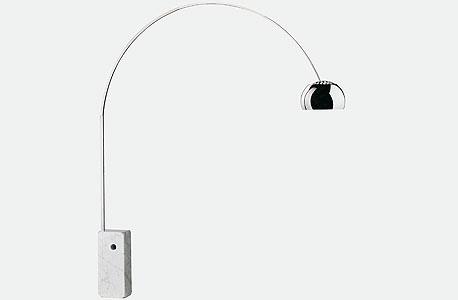 מנורת ארקו של פלוס