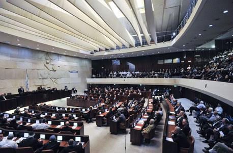 המאבק החברתי עובר משדרות רוטשילד למסדרונות הכנסת