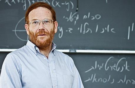 """רון ליבנה. """"לתלמידים בישראל יש פחות תמריצים ללמידה, ויותר לציונים"""""""