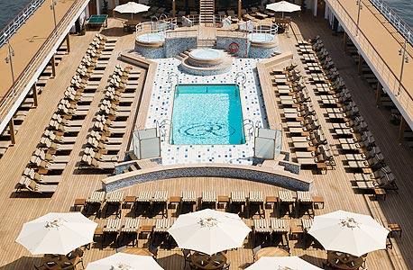 Regent Seven Seas Cruises. מחיר: מ- 3,799 לאדם בחדר זוגי, ל-7 לילות בתחילת ינואר למרכז אמריקה