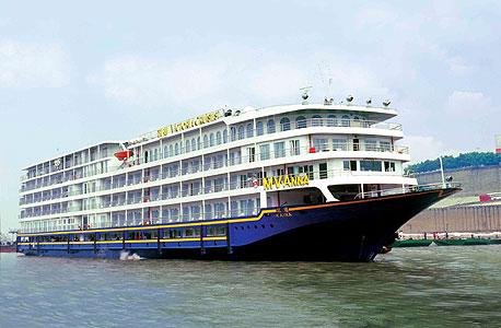 Uniworld Boutique River Cruises. מחיר: מ-2,999 דולר ל-7 לילות בתחילת ינואר למצרים