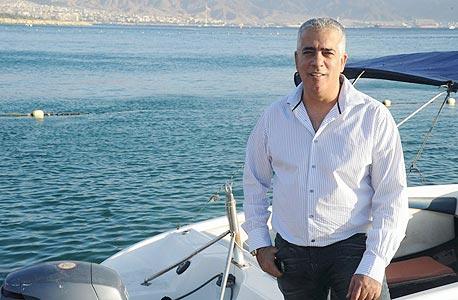 """ביזנס משפחתי: עמוס לוזון מינה את אחיו יעקב למשנה למנכ""""ל דורי בניה"""