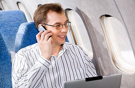 אין מה לחשוש, המטוס לא יושפע מהסלולרי שלכם