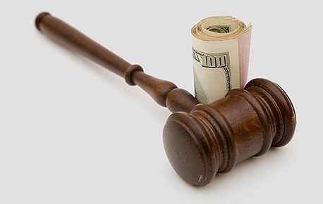 """""""הנאשם הדליף את פרטי החקירה לסיבוני"""", צילום: shutterstock"""