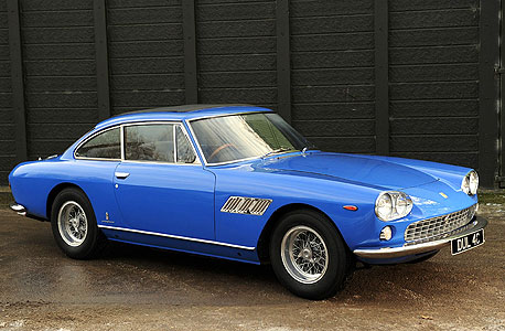 פרארי 330, 1965. ייחוד: המכונית הראשונה של ג