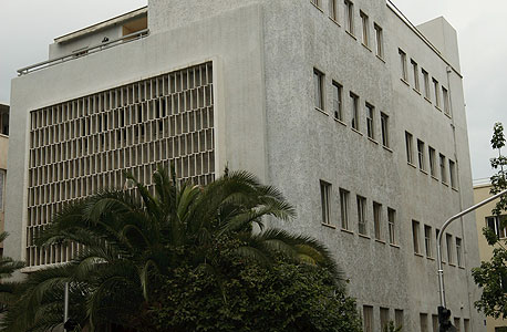 רוטשילד 53. ייהרס ויוסב למגדל משרדים , צילום: עמית שעל