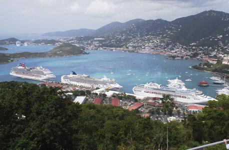 האיים הקריביים. אנשים מעוניינים להשקיע במקומות יפים