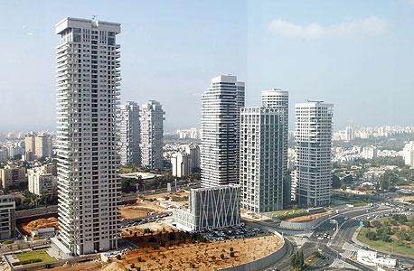 פארק צמרת בתל אביב. אור ירוק לבניית הבניין הגבוה ביותר