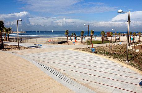 טיילת הרצוג בהרצליה. להנגיש את החוף לציבור