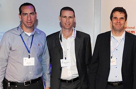 מימין: מאיר ברנד, עודד זהבי ואורי אלון, בכנס התיירות, צילום: משה מילנר