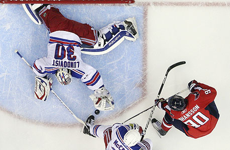 הערכות: ליגת ה-NHL תכניס 2.4 מיליארד דולר לפחות בעונת 2012/13