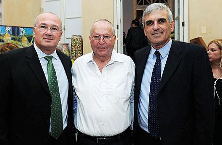 (מימין) יוסי בכר, דוד מי-טל, ראובן שפיגל, צילום: ראובן קסטרו