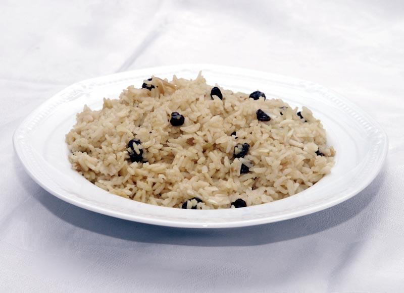 אורז. עדיין זול יחסית לפסטה, צילום: גלעד קוולרצ