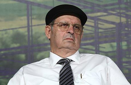 """אברהם קוזניצקי מנכ""""ל חברת מנרב"""