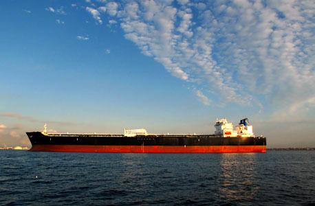 האחזקות הבינלאומיות: אימפריית הספנות של סמי עופר מחפשת נמל מבטחים