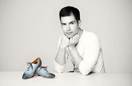 נעליים. מותג: Arama. מעצב: עודד אראמה