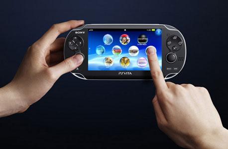הקונסולה הניידת PS Vita. סוני מחסלת את החנות הדיגיטלית, ומעלימה עשרות משחקים