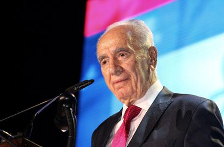 """בלעדי ל""""כלכליסט"""" - פרס מציע פתרון לבעיית הדיור: לפנות מיד את שדה דב וצריפין"""
