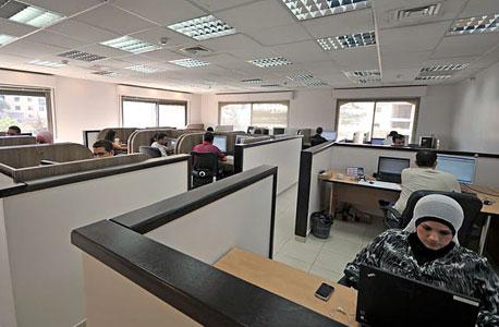 רבות מהחברות מובלות בידי נשים. משרד ברשות הפלסטינית