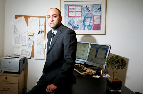 """עלות שכרו של מנכ""""ל פסגות גמל: 1.8 מיליון שקל ב־2012"""