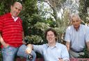 מימין: דני פלג, גבי צ'רטוק ויוסי רוניס, צילום:נמרוד גליקמן