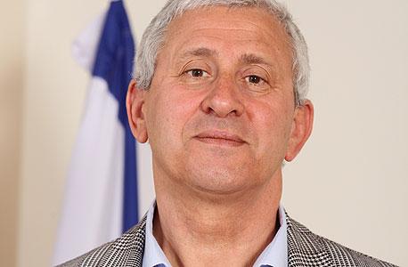 מנהל רשות המים אלכסנדר קושניר. נטל מוגזם