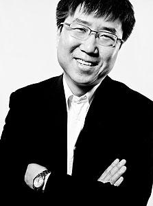 """הא-ג'ון צ'אנג. """"מקצוע הכלכלה הסב ב-30 השנים האחרונות נזק לרוב האנשים"""""""