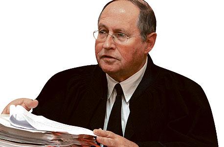 השופט רובינשטיין