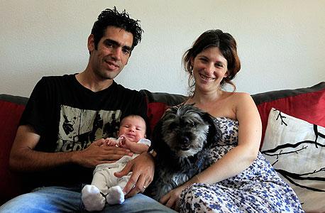 משפחת בן-שוע, אשדוד, צילום: צפריר אביוב