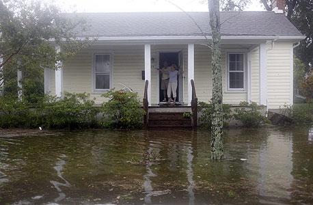בתים הוצפו, צילום: MCT