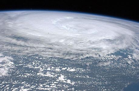 החל פינוי מתקני אנרגיה עקב חשש מסופה במפרץ מקסיקו