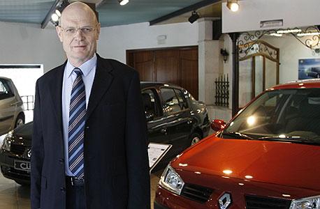 """קרסו מוטורס עלתה במכירות וברווח הנקי; שכר המנכ""""ל זינק בעלייה"""