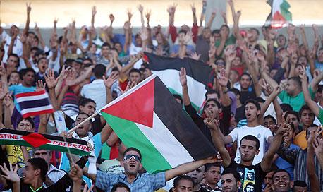 איזה תפקיד משחק הכדורגל בחתירה הפלסטינית לעצמאות?